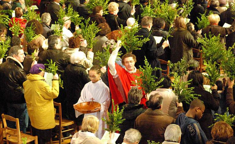 Fête des rameaux à la paroisse Sainte-Hélène (Paris)