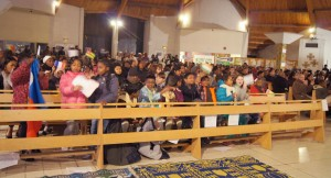 Messe des migrants à Grigny