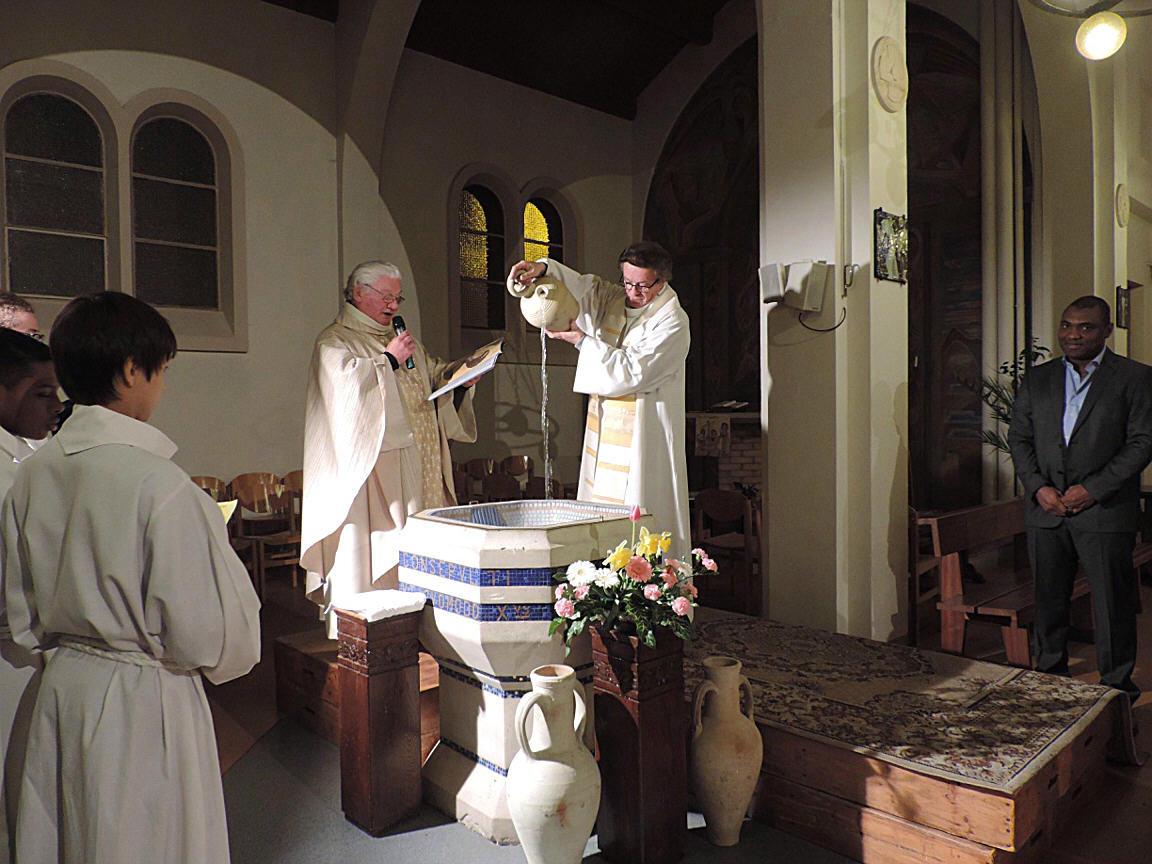Pâques 2015 à la paroisse Sainte-Hélène (Paris 18ème)