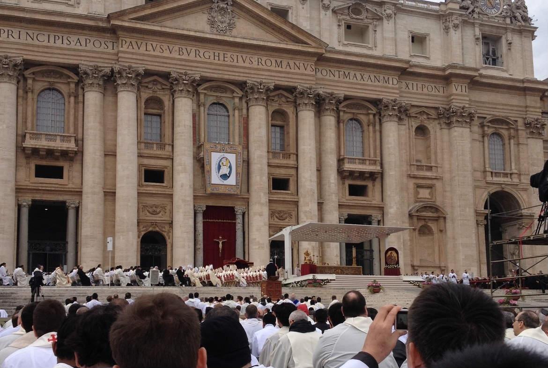 Célébration d'ouverture du jubilé de la miséricorde à Rome le 8 décembre 2015