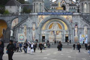 L'esplanade de Lourdes