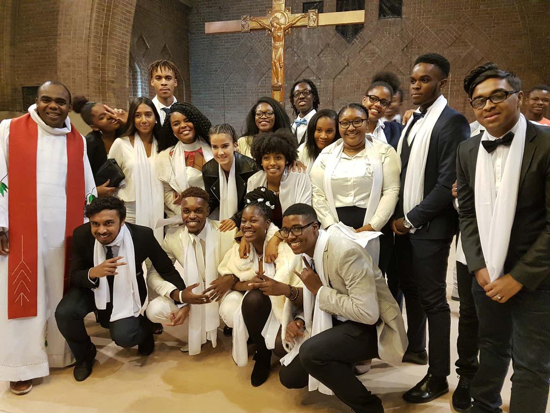 32 jeunes reçoivent le sacrement de la Confirmation à La Courneuve