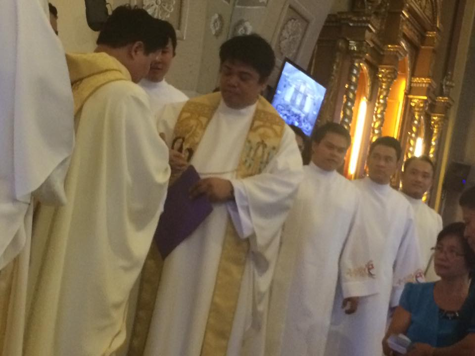 Ordination sacerdotale de Richard Belga fc, le 18 novembre 2016 aux Philippines
