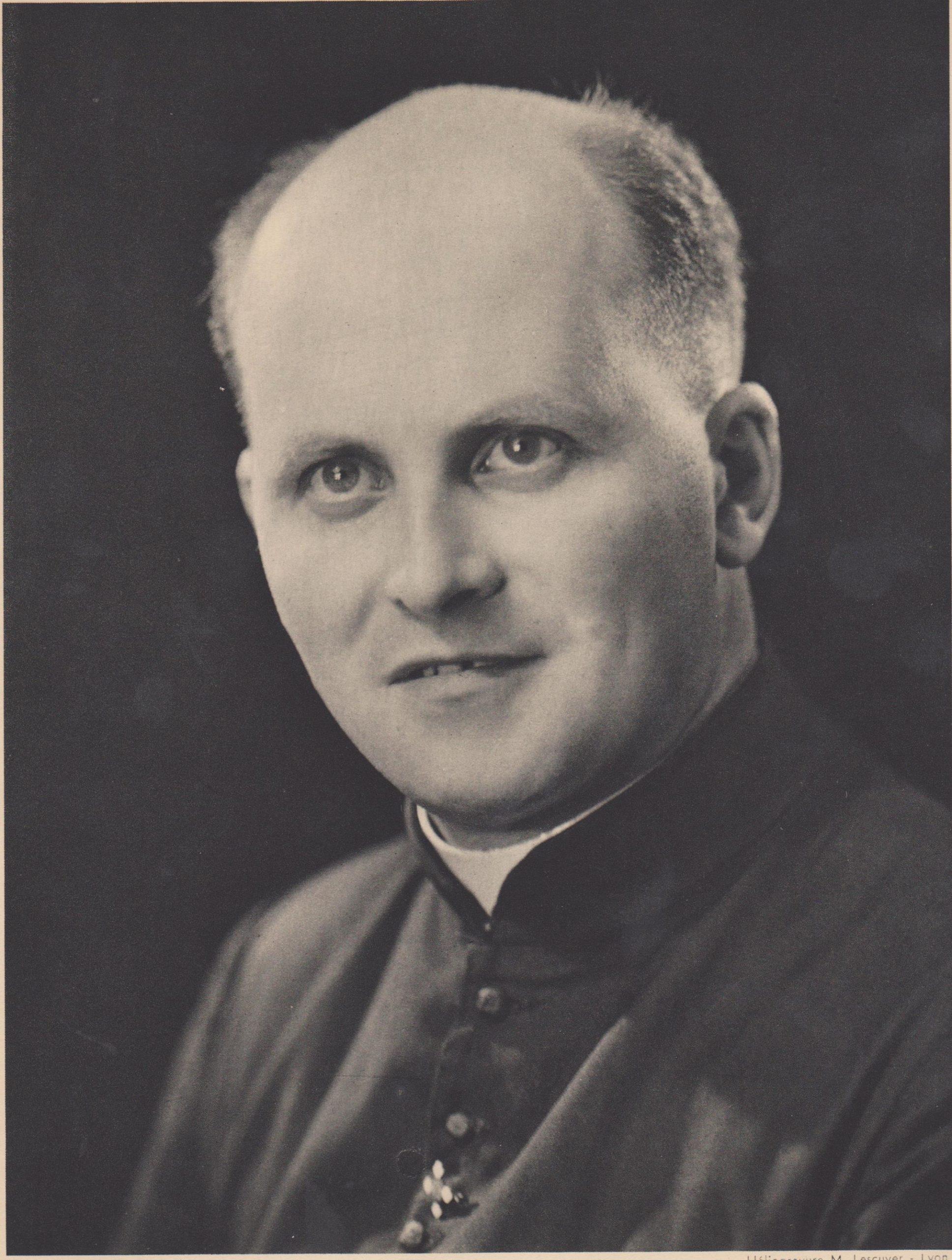 Jean Pihan (1912-1996), Fils de la Charité
