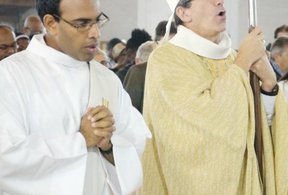 Etienne de Souza ordination diaconale © Jacques Baudet