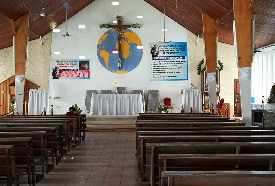 Vivre le temps de Pâques en direct d'Abidjan sur Facebook