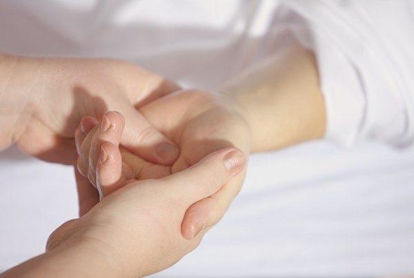 mains par andreas160578 de Pixabay